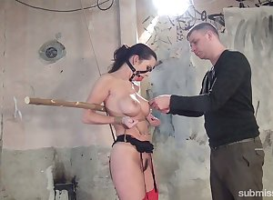 Cessation in custody sizzling Czech strumpet Cindy Dollar who loves servitude with the addition of hardcore stimulant