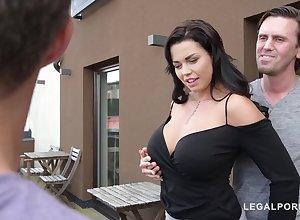 Top-Heavy Porn Demiurge Chloe Lamour  - Chloe Lamour
