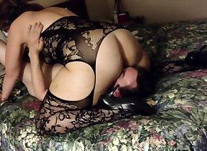 Filming my woman about a inn - cuckold